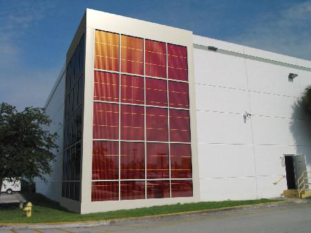 Arch-Solar-Curtain-Wall_320dp_RGBi_edited-1