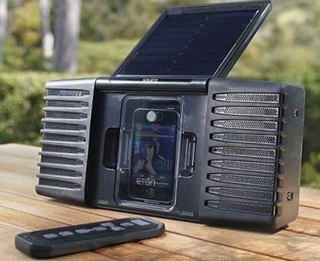 soulra-solar-powered-ipod-speaker