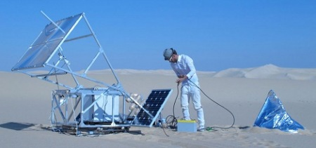 Solar machine makes 3-D objects by melting sand