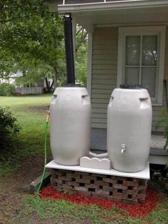 Garden Sitter rain barrels