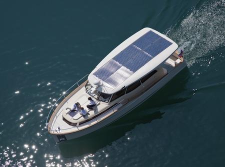 Solar Hybrid Yacht Greenline BRISOL