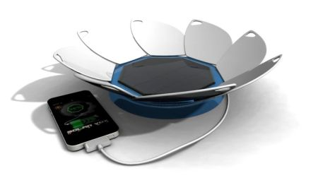 Solar Vox Ultra solar charger