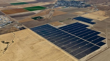 Avenal solar power plant