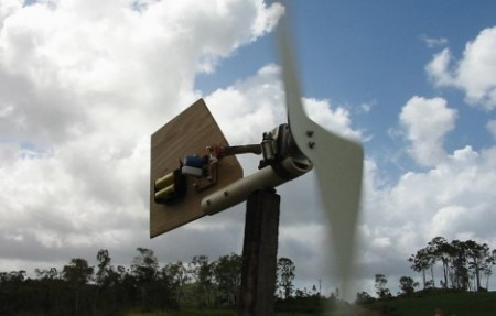 Diy Wind Turbine Charges Batteries Earthtechling