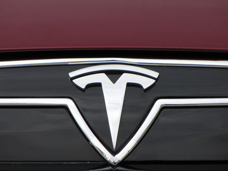 image via Tesla Motors/Green Car Reports