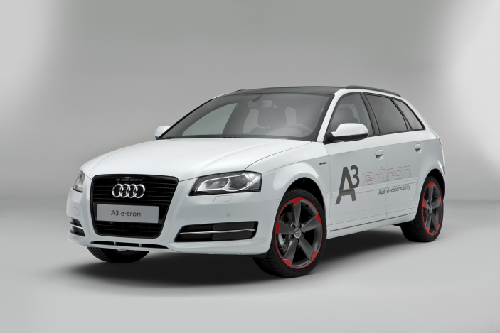 Audi e-tron - Obtained with thanks from audinewsusa.jpg