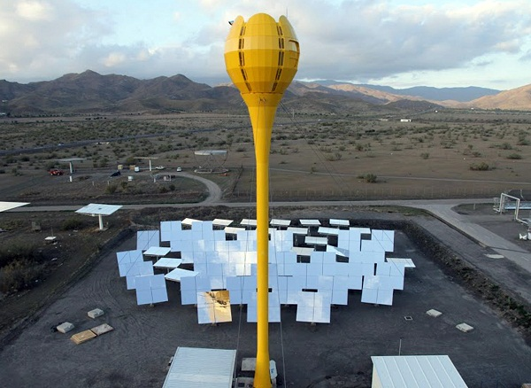 A solar tulip-shaped tower stands at a site in Almeria, Spain. (image via Aora Solar)