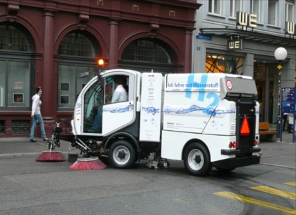 Hydrogen Powered Street Cleaning Vehicle