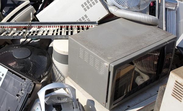 microwave ovens landfills uk