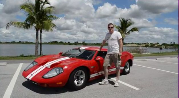 A Florida-based amateur inventor has rescued a 1968 fiberglass replica of an old Ford GT40 from the scrapheap and turned it into an electric car.  (image via Andrew McClary)