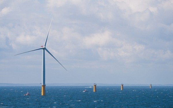 offshore wind turbine, efficiency, guy wires, composite materials