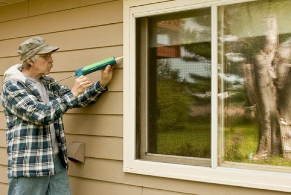 Caulking Leaky Windows