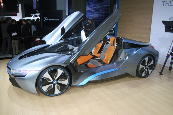 BMW i8 at 2012 LA Auto Show (image copyright EarthTechling)