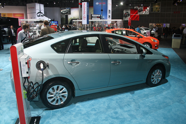 Toyota Prius Plug-in Hybrid (image copyright EarthTechling)