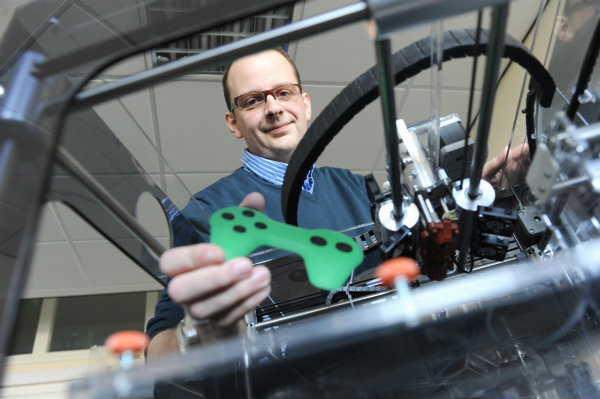University of Warwick, 3D printing, plastic, electronics