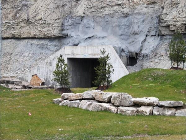 DataCenter5 Cavern