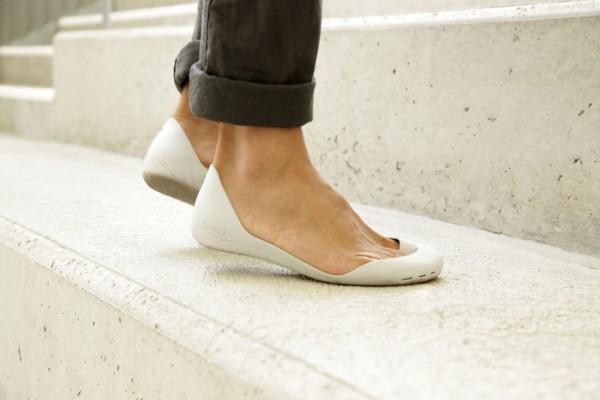Kickstarter, running shoe, barefoot running, Iguaneye freshoe