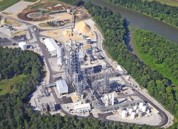 Recently opened KiOR biofuels plant in Mississippi, which uses pine woody biomass as a feedstock (image via KiOR)