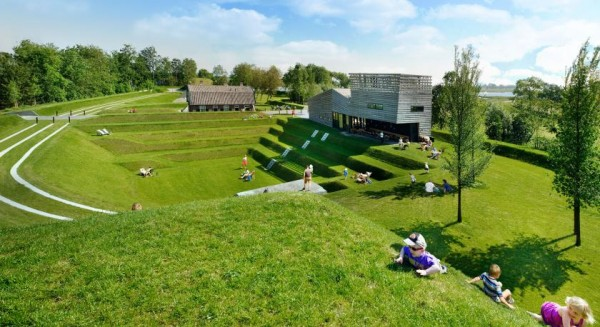 "The old Fort ""Werk aan 't Spoel"" now transformed for picnickers. Image by Rob 't Hart via Rietveld Landscape."