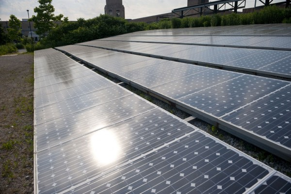 One of several solar arrays that supply power to the CCGT campus. Image via Chicago Center for Green Technology.