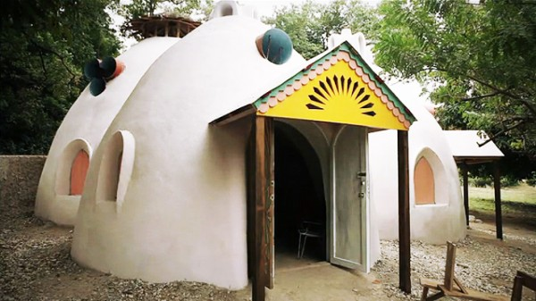 One of Konbit's low-cost, seismically resistant structures in Port-au-Prince, Haiti. Image via Konbit Shelter.
