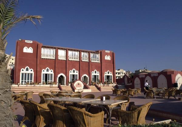 Image of five-star adobe-brick hotel in Gaza via Al Deira Hotel.
