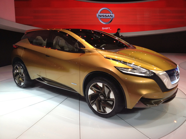 Nissan Resonance at 2013 Detroit Auto Show (image copyright EarthTechling)