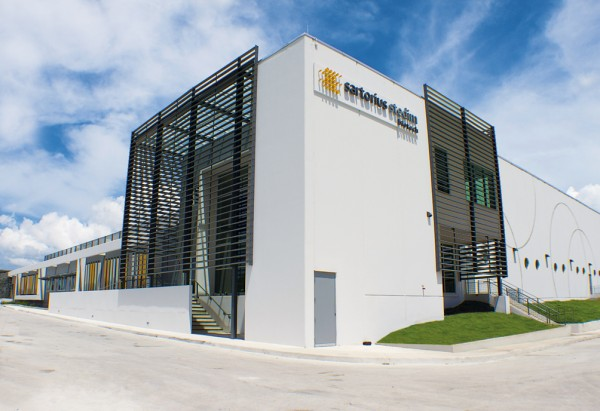 The new LEED Platinum-certified plant in Yauco, Puerto Rico. Image via Sartorius Stedim Biotech.