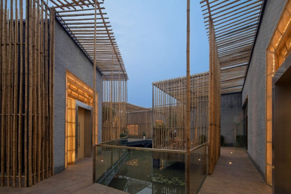 The interior courtyard at dusk. Image by TE Photography via HWCD.