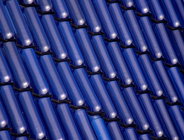 The new look for cool roofs just got a lot bluer, building researchers say. Image by laenulfean via Flickr.