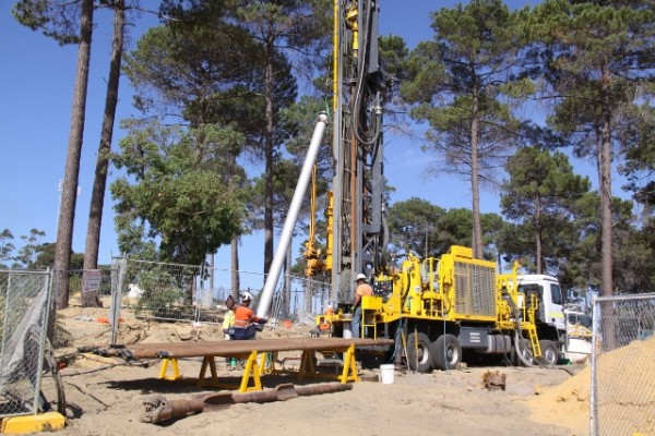 Drilling begins on the geothermal energy well to be used as coolant for the planned Pawsey Center. Image via CSIRO.