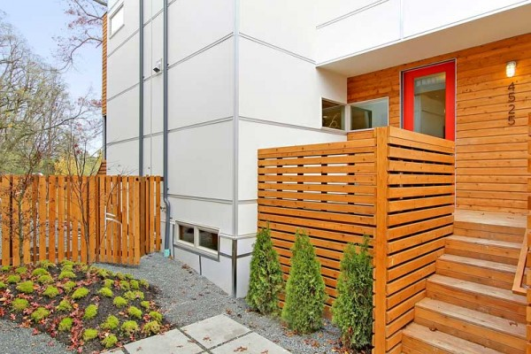 An exterior courtyard of the Columbia Station micro-community. Image by Tucker English via Dwell Development.