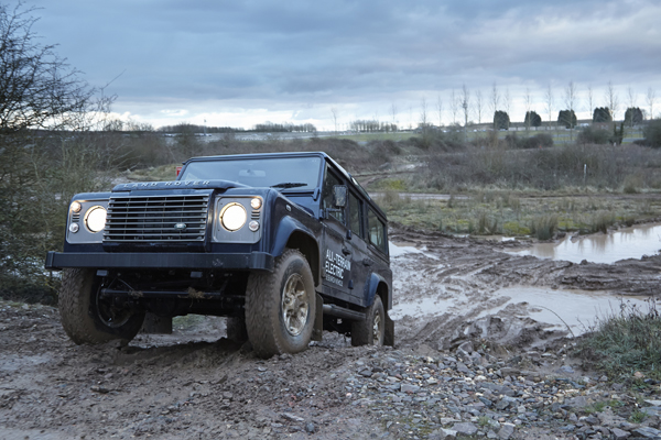 Land Rover Electric Defender (image via Land Rover)