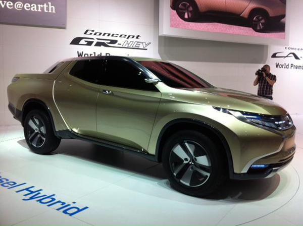 Mitsubishi GR-HEV at 2013 Geneva Auto Show (image via Mitsubishi Motors)