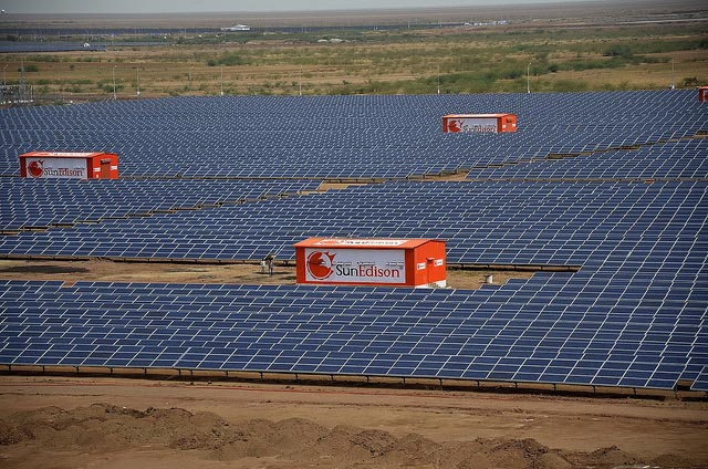 solar-power-plant-gujarat