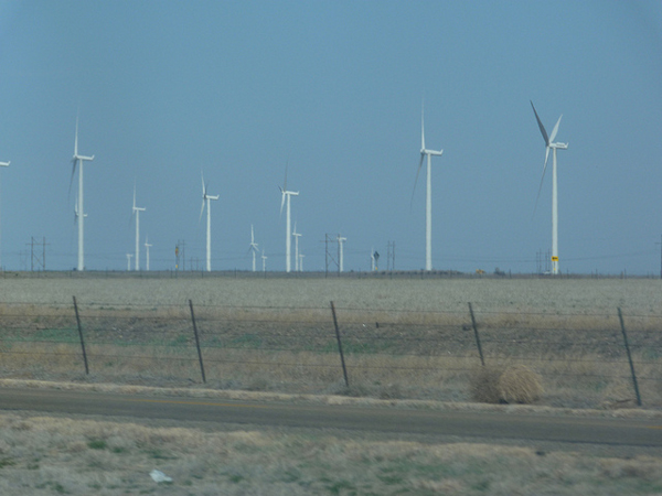 Texas wind farm (image via bunnygoth/Flickr)