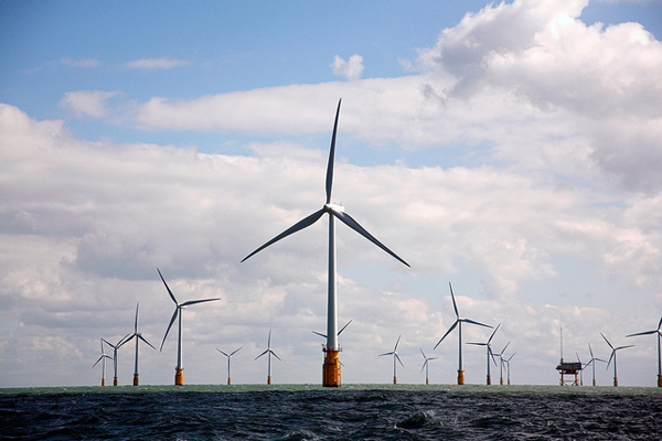 Thanet Offshore Wind Farm (image credit: Nuon)