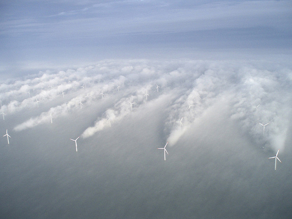 Aerial picture of Horns rev wind farm in Denmark (image via Vattenfall/Flickr)