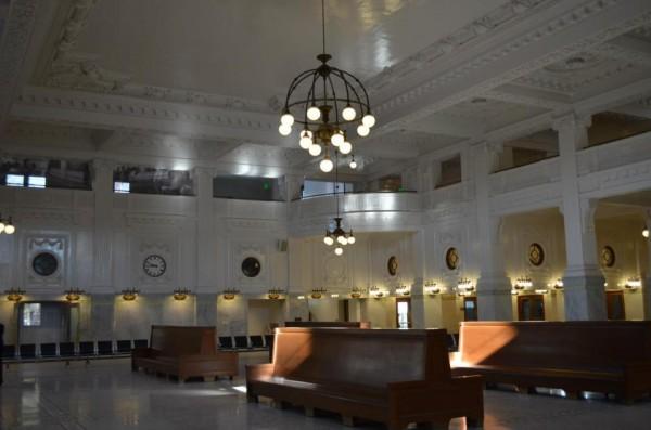 Newly renovated King Street Station main hall. Image via Amtrak Cascades.