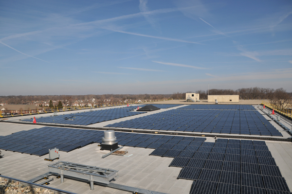 Solar panels on the roof of the Maj. Gen. Emmett J. Bean Federal Center near Indianapolis in 2011. (image via Shiel Sexton)
