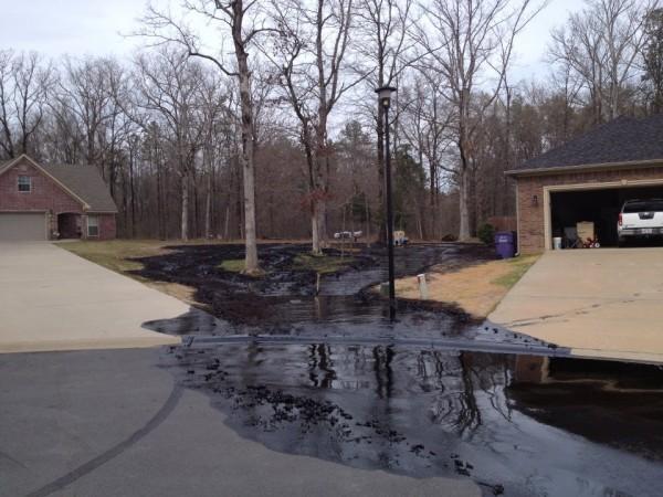 exxon mobil pipeline oil spill
