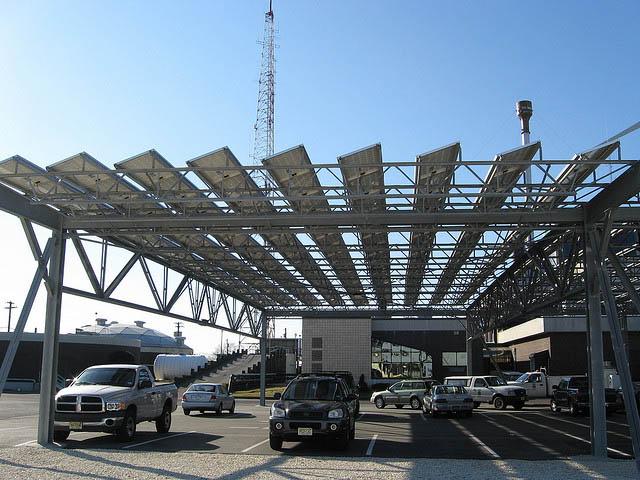 solar-panel-parking-lot