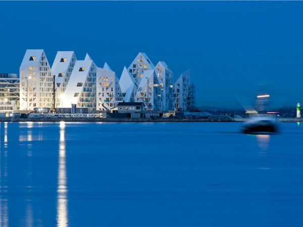 isbjerget night