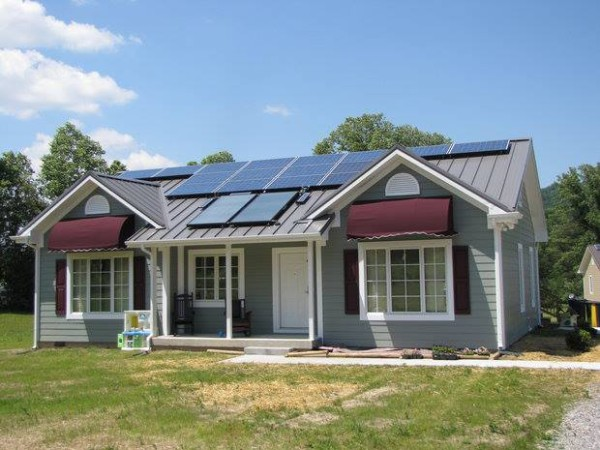 manufactured home with solar
