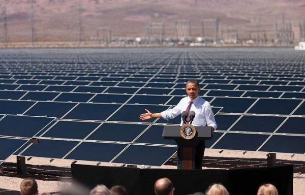 Presidential visit to the Copper Mountain solar plant in Nevada, March 2012 (image via the White House)