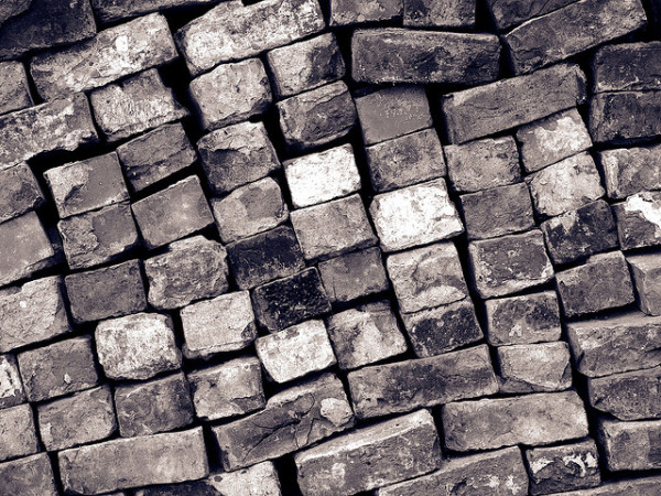 carbon emissions into bricks