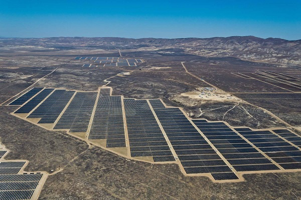 Part of California Valley Solar Ranch (image via SunPower)