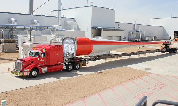 A V117 -3.3MW blade leaves the Brighton, Colo., factory (image via Vestas)