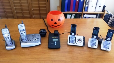 PD Phone and pumpkin pic-thumb-448x251-13127