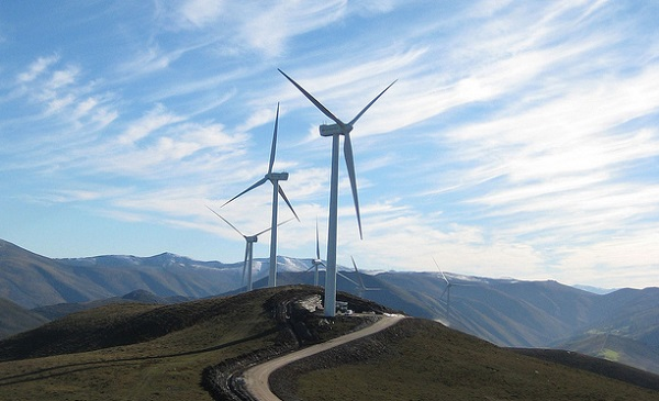 spain wind power cycling